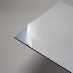 Carton adhésif autocollant EasyMount 1.5mm 80x120cm